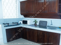 beach_villa_brigitte_3_mauritius_kitchen_view.jpg