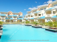 apartment_le_grenadier_mauritius_swimming_pool_view.jpg