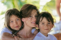dinarobin_hotel_mauritius_mother_and_children.jpg
