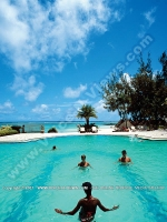 3_star_hotel_ambre_hotel_mauritius_swimming_pool_view_1.jpg