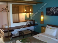 laguna_beach_hotel_and_spa_mauritius_deluxe_room.JPG