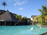 laguna_beach_hotel_and_spa_mauritius_pool_bar_and_swimming_pool_view.JPG