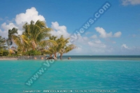 laguna_beach_hotel_and_spa_mauritius_swimming_pool_general_view.jpg