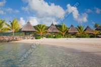 laguna_hotel_mauritius_beach_view_and_kiosk.jpg
