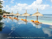 le_recif_hotel_mauritius_sea_view_and_swimming_pool.jpg