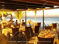 le_meridien_restaurant_la_faya_in_the_sunset.jpg