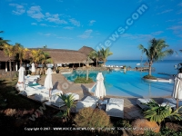 maritim_hotel_pool_side_and_its_sunbeds_mauritius.jpg