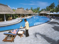 mornea_resort_mauritius_bar_services_at_the_swimming_pool_view.jpg
