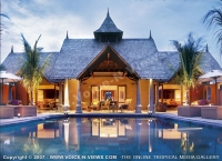 5_star_hotel_le_taj_exotica_resort_hotel_view_at_night_of_the_pool.jpg