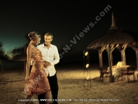 les_pavillons_hotel_mauritius_couple_going_for_romantic_diner.jpg