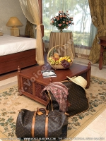 movenpick_resort_and_spa_hotel_mauritius_luggage_in_junior_suite.jpg