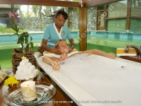 movenpick_resort_and_spa_hotel_mauritius_young_lady_having_facial_massage_at_aldana_spa.jpg