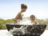 5_star_hotel_shanti_maurice_family_villa_playing_with water.jpg
