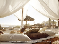 5_star_hotel_shanti_maurice_shack_bed_setting.jpg