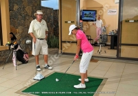 tamarina_golf_spa_and_beach_club_mauritius_guest_at_the_golf_academy.jpg
