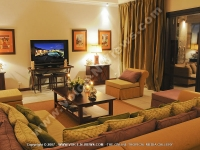 tamarina_golf_spa_and_beach_club_mauritius_living_room_general_view.jpg