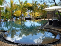 tamarina_golf_spa_and_beach_club_mauritius_swimming_pool.jpg
