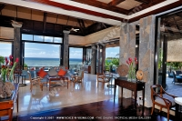 the_grand_mauritian_a_luxury_collection_resort_and_spa_mauritius_bar_68_and_terrace.jpg