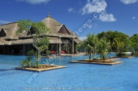 the_grand_mauritian_a_luxury_collection_resort_and_spa_mauritius_brezza_and_main_poo_daytime.jpg
