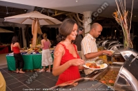 pearle_beach_hotel_mauritius_food_at_the_buffet.jpg