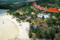 3_star_hotel_mourouk_ebony_hotel_aerial_beach_and_hotel_view.jpg