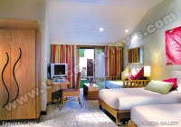 le_mauricia_hotel_mauritius_family_room_bedroom.jpg