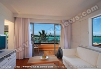 le_mauricia_hotel_mauritius_honeymoon_suite_balcony_and_living_room.jpg