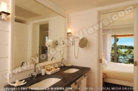 le_mauricia_hotel_mauritius_honeymoon_suite_bathroom.jpg