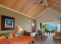 le_victoria_hotel_mauritius_deluxe_room_and_balcony_view.jpg