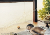 kanuhura_resort_maldives_guest_relaxing_after_massage_at_the_spa.jpg