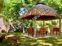 holiday-apartments-mauritius-garden-retreat-complex.jpg
