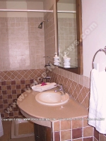 bed_and_breakfast_superior_beach_apartment_la_preneuse_ref_164_mauritius_bathroom_view.jpg
