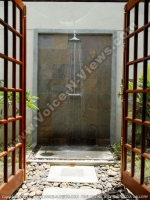 general_view_of_the_outdoor_bathroom_premium_mountain_chalets_chamarel_mauritius_ref_159.jpg