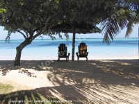 paradis_hotel_mauritius_sunbed_in_front_of_the_sea.jpg