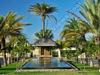 general_view_of_the_garden_of_premium_villa_pereybere_mauritius_ref_16.jpg