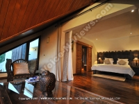holiday_villa_rentals_in_one_of_those_deluxe_room_ref_16_mauritius.jpg