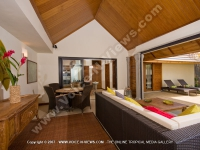 premium_villa_grand_bay_ref_16_living_room.jpg