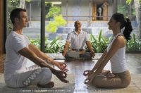 royal_palm_hotel_mauritius_couple_in_spa_doing_the_lotus_position.jpg