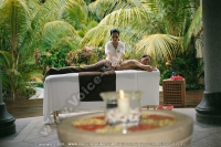 sainte_anne_resort_seychelles_lady_having_a_massage_at_the_spa.jpg