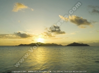 sainte_anne_resort_seychelles_sunset_view.jpg