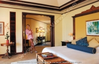 sainte_anne_resort_seychelles_villa_royale_bedroom.jpg