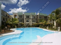 standard_apartment_flic_en_flac_mauritius_ref_117_pool_and_general_view.jpg