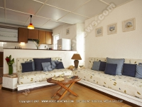standard_apartments_pointe_aux_canonniers_mauritius_ref_110_lounge.jpg