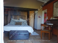 mauritius_beach_villa_black_river_main_room.JPG