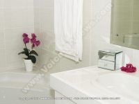 superior_beach_villa_black_river_mauritius_ref_166_main_bathroom.jpg