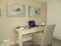 superior_penthouse_apartments_cap_malheureux_ref_94_desk.JPG