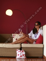 tamassa_hotel_mauritius_lady_in_living_room.jpg