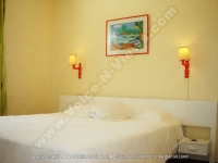 beach_villa_jean_francois_mauritius_bedroom_side_view.jpg