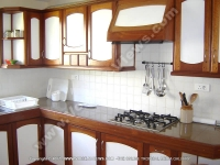 beach_villa_jean_francois_mauritius_kitchen_view.jpg