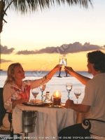 le_meridien_hotel_mauritius_couple_in_restaurant.jpg